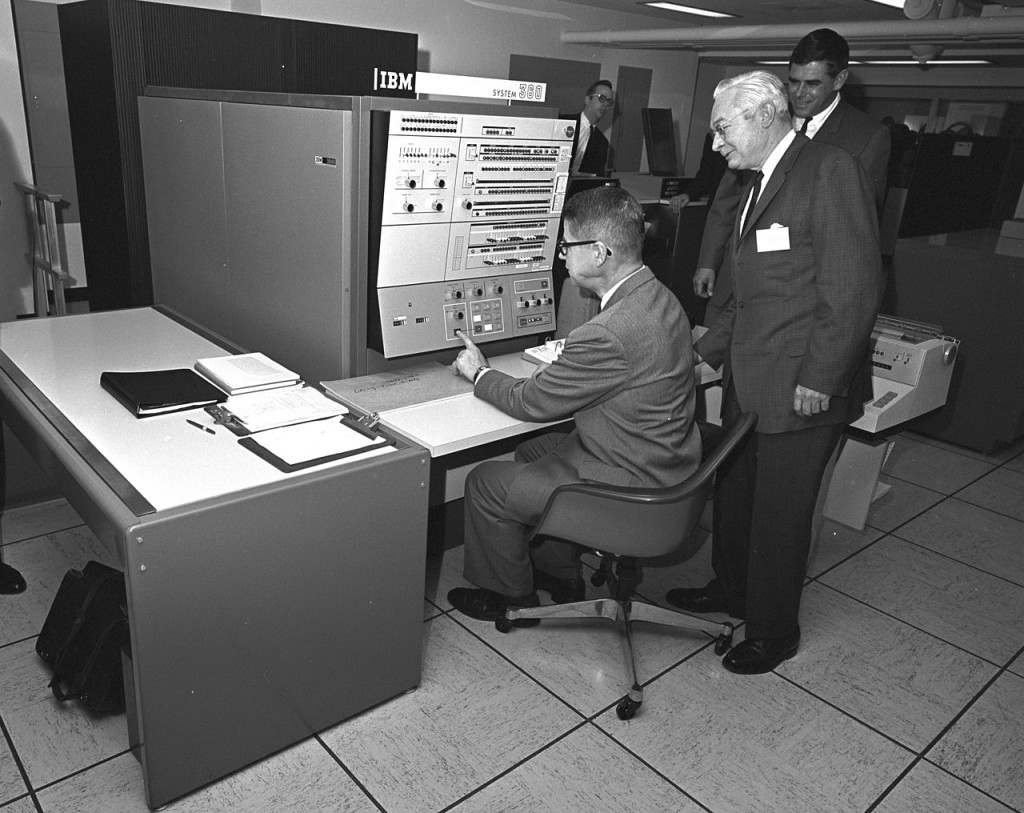 1280px-IBM_System_360_at_USDA.jpg